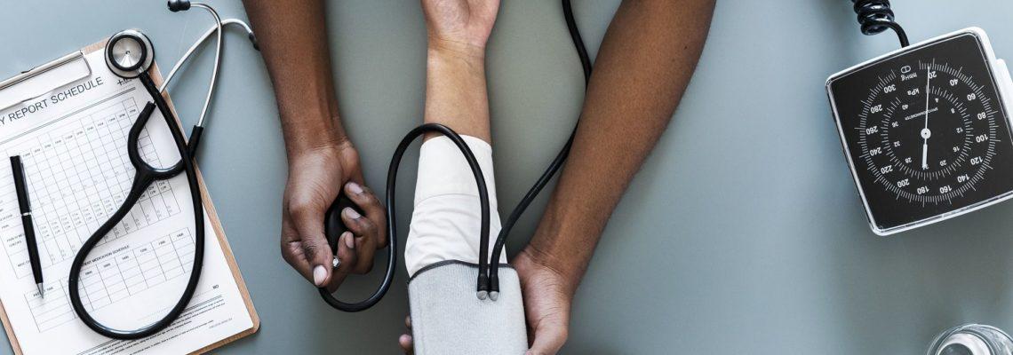 El tratamiento de la hipertensión puede retrasar la progresión de la enfermedad de Alzheimer