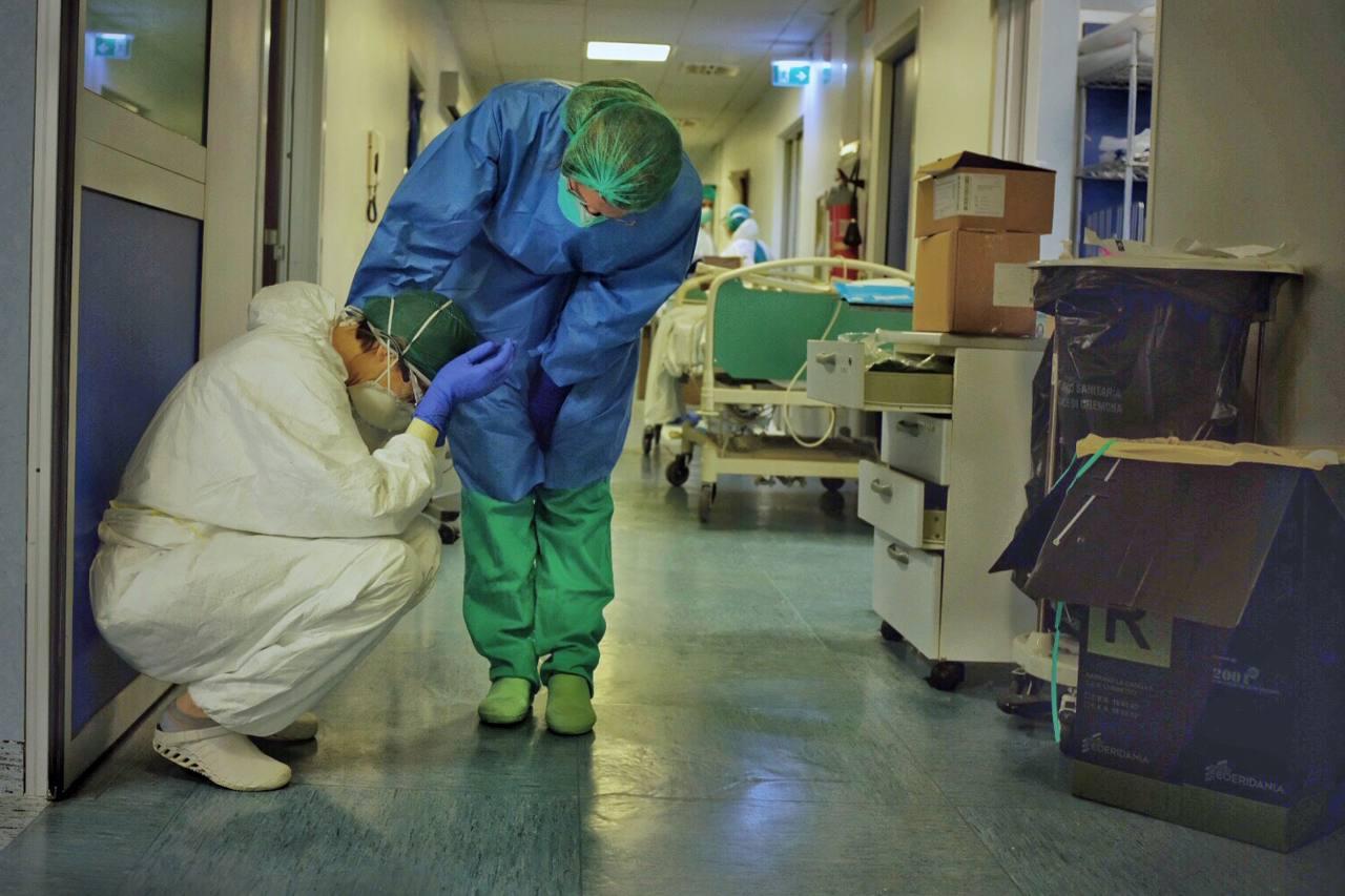Coronavirus en Italia: enfermeras se suicidan y médicos siguen muriendo infectados